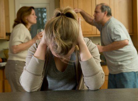 Subire violenza in famiglia